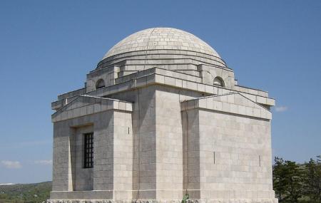 Mestrovic Mausoleum Image