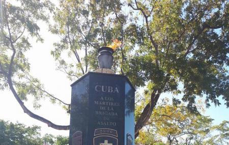 Cuban Memorial Boulevard Image