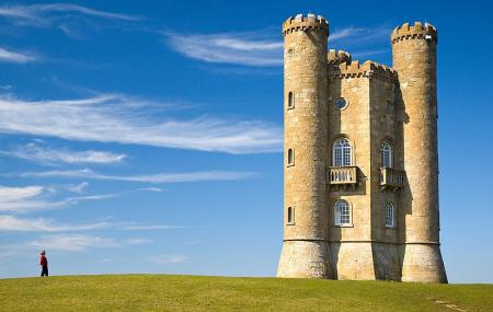 Broadway Tower Country Park Image