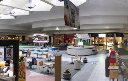 Briarwood Mall Image