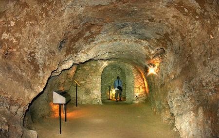 Tufa Cave Of Tettye Image