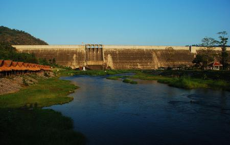 Khun Dan Prakarn Chon Dam Image