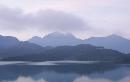 Sun Moon Lake Image