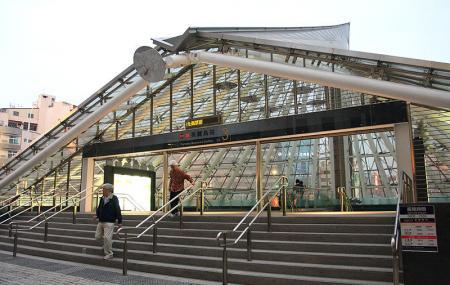 Formosa Boulevard Station Image