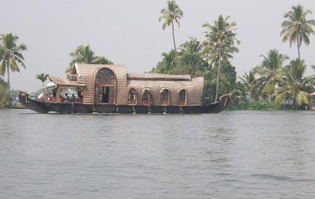 Vembanad Lake Image