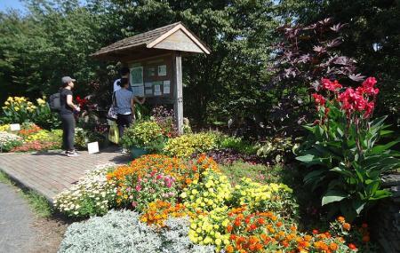 Rutgers Gardens Image