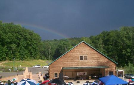 Mountain Lakes Amphitheater Image