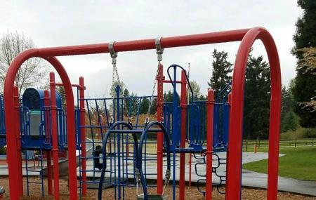 Bradley Lake Park Image
