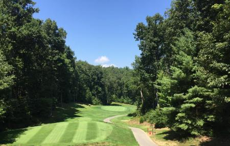 Heatherhurst Golf Club Image