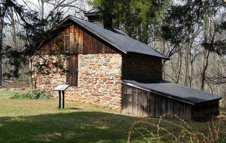Red Rock Wilderness Overlook Regional Park Image
