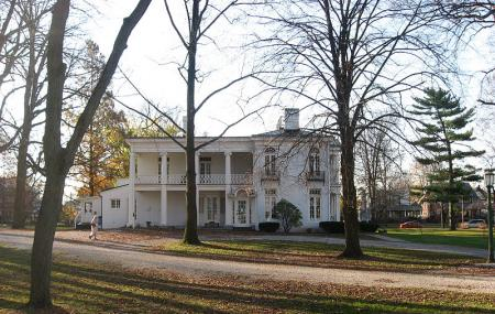 Lane Place Antebellum Mansion Image