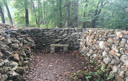 Wichahpi Commemorative Stone Wall Image