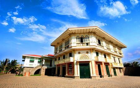 Las Casas Filipinas De Acuzar Image