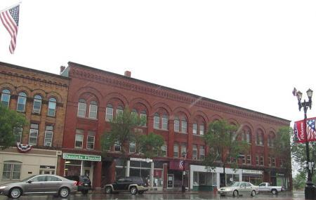 Market Square Historic District Image