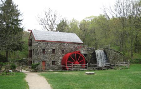 Old Grist Mill Museum Image