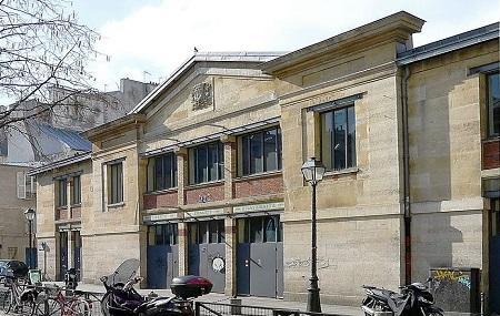 Halle Des Blancs Manteaux Image
