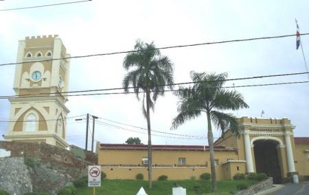 Fortaleza San Luis Image
