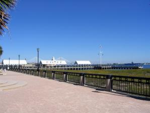Charleston Waterfront Park, Charleston