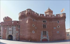Le Castillet And Musee Casa Pairal, Perpignan