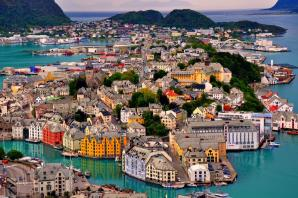 Alesund Town Park And Fjellstoua Viewpoint, Alesund