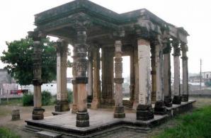 Ghantai Temple, Khajuraho