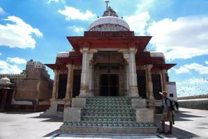 Jain Temple Bhandasar, Bikaner