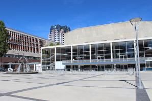 Queen Elizabeth Theatre, Vancouver