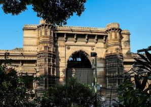 Rani Rupavati's Mosque, Ahmedabad