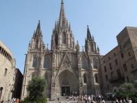 Hop-On Hop-Off Barcelona City Tour including Boat Trip around the Coast