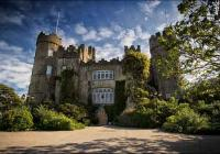 2 days City Sightseeing Dublin Hop on-off 3 routes and Malahide Castle Tour