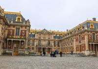 Versailles Palace Half-Day Tour with Skip-the-Line and Gardens