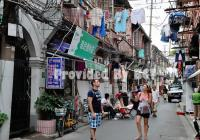 Shanghai Shikumen Secret of Nongtang and Ancient Building Bike Tour with Local Lunch