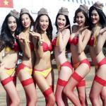 VietJet Air Introduces Bikini Attendents in Flight