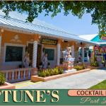 Neptunes Cocktail Lounge