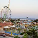 Parko Paliatso Fun Fair And Luna Park