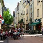 Rue St. Laud