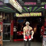 Draculas Haunted House