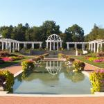 Lakeside Park And Rose Garden