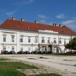 Sandor Palace