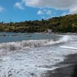 jemeluk beach