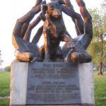 Standbeeld Van De Hond Dzok