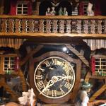 House Of 1000 Clocks-house Of 1000 Clocks